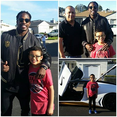 San Diego Chargers Melvin Gordon Makes a Visit to West Winston Manor
