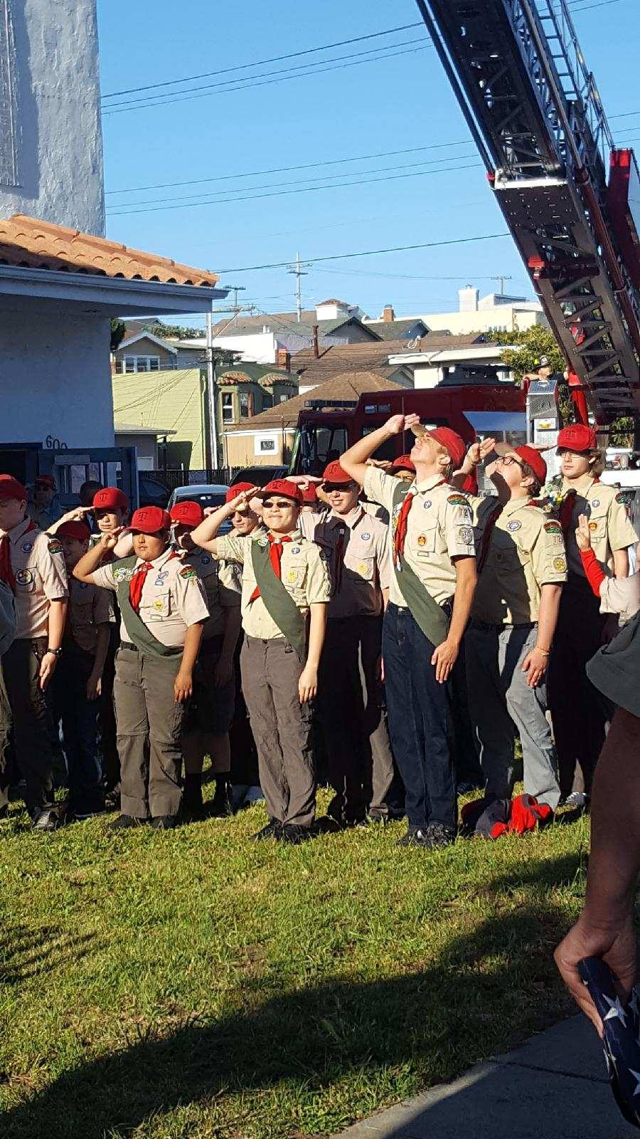 SSFFD/PD Assist Boy Scout Troup 72 Repairing Vandalized VFW Flag Pole