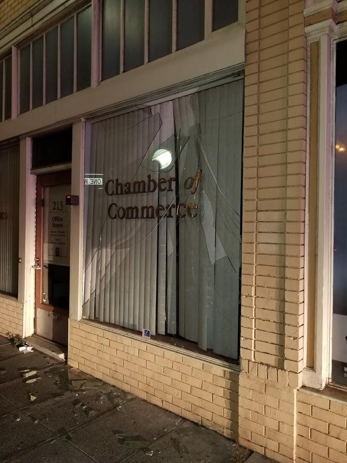 Downtown Altercation Leaves Broken Window on SSF Chamber Office